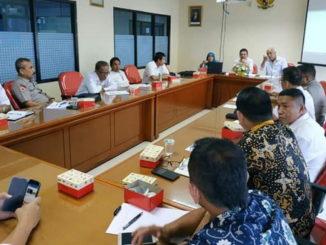 Diskusi Terpumpun di UNP