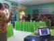 Dosen UNP saat melaksanakan edukasi.