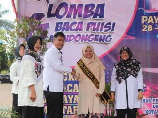 Henny Riza Falepi dilantik menjadi Bunda Literasi Kota Payakumbuh.