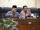 Ketua sementara DPRD Agam, Novi Irwan saat memimpin sidang perdana.