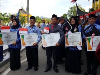 Penerima penghargaan Dukcapil Mapan Tingkat Sumbar 2019.