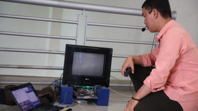 Pengontrolan Televisi Menggunakan Pengenal Suara.