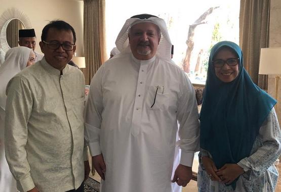 Prof Ganefri bersama Duta Besar Arab Saudi untuk Indonesia.