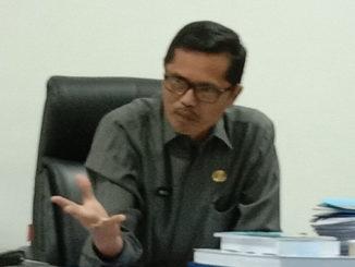Sekwan DPRD Prov Sumbar, Raflis, SH MM.