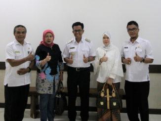 Wawako Erwin Yunaz bersama Adep Kemenpan RB.