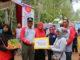 Bupati Limapuluh Kota Irfendi Arbi, MP bersama Kepala Dinas Kesehatan Sumbar memberikan bantuan kepada Kawasan Rumah Pangan Lestari kepada KWT Bukik Limbuku.