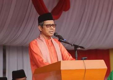 Gubernur Sumatera Barat Irwan Prayitno saat memberi sambutan.