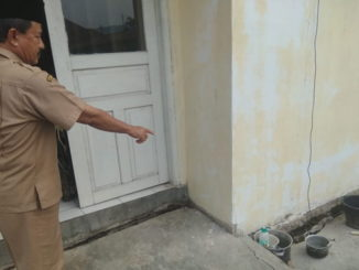 Kondisi kantor Camat Sangir yang sudah rusak parah.