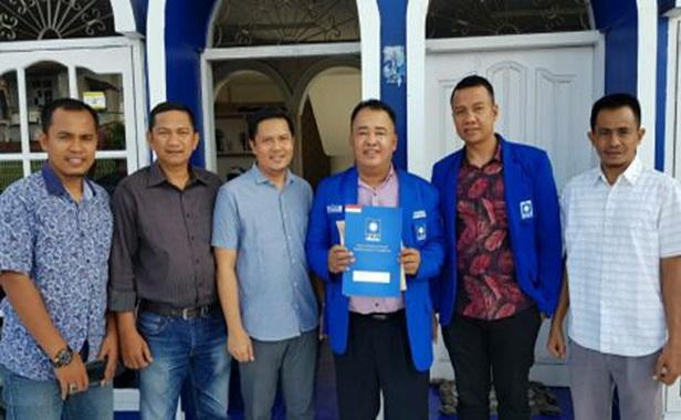 Pengurus DPC PAN Pessel dengan SK DPP PAN.