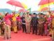 Prosesi penyambutan Wagub Nasrul Abit di SMKN 8 Sijunjung.
