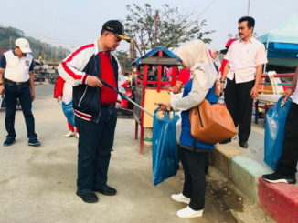 Wagub Nasrul Abit pada kegiatan Aksi ASN Peduli Batang Arau.