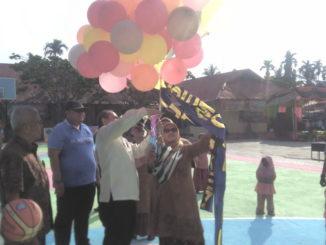 Wawako Solok Reinier saat meresmikan OSIS Cup One Basket Ball Spenda Mania,
