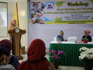 Workshop penata saji dan fotografi di UNP.