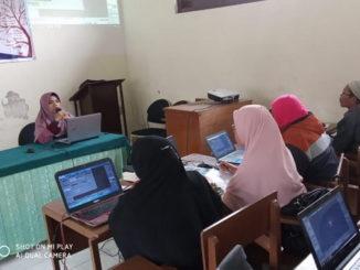 Guru matematika Kab. 50 Kota saat pelatihan.