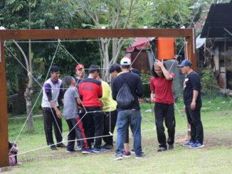 Mahasiswa UNP saat mengikuti pelatihan EXsel di ABG Waterpark.