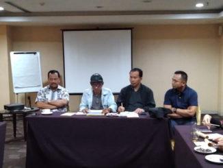 Panitia Mubes Bako IKK Padang saat rapat di Balairung Hotel Jakarta.