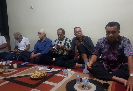 Para tokoh Gonjong Limo Bandung saat silaturrahmi.