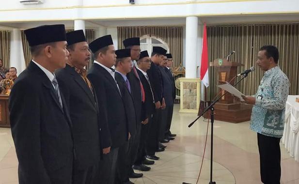 Pelantikan pengurus Forwana di gedung Syamsiar Thaib Lubuk Sikaping di bacakan sekretaris Daerah Kabupaten Pasaman Mara Ondak.