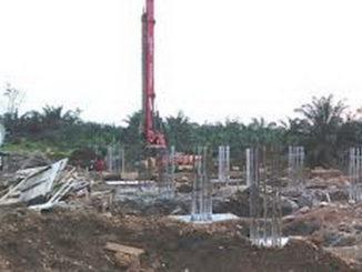 Pembangunan stadion olahraga di Pasaman Barat yang telah diputus kontraknya.