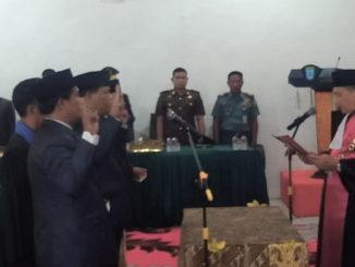Pengucapan sumpah dan janji Ketua dan Wakil Ketua DPRD Kab. Kepulauan Mentawai.