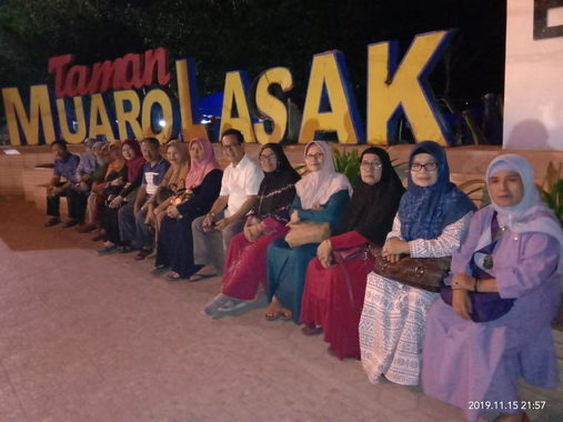 A 71 SMPN 1 Sungai Penuh di Muaro Lasak, Padang.