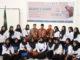 Bupati Sijunjung, Yuswir Arifin foto bersama dengan peserta pelatihan membatik.