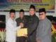 Wakil Bupati Zuldafri Darma menyerahkan RAPBD tahun 2020 kepada Ketua DPRD Tanah Datar Rony Mulyadi Dt.Bungsu.