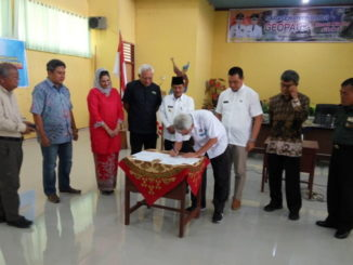 Penandatanganan MoU antara Badan Pengelola Geopark dengan Ikatan Ahli Geologi Indonesia.
