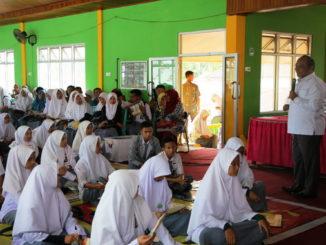 Soasialisai yang dilaksanakan UNP di Kambang, Pessel.
