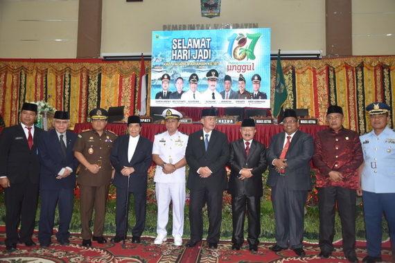 Foto bersama unsur Forkopimda Provinsi Sumbar.