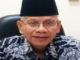 Kepsek SMA PGRI 1 Padang Drs H Letfari Asmi