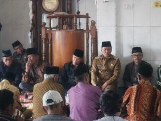 Wako Bukittinggi bersama masyarakat Panorama Baru.