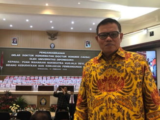 Prof. DR. Syahrial Bakhtiar, M.Pd saat di Undip.