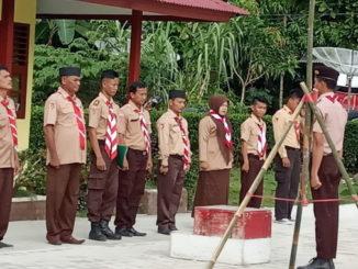 Salah satu kegiatan peserta kemah Gugus Depan Pramuka SMAN 1 Sipora.