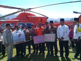 Wagub Nasrul Abit saat mendarat di Lubuk Sikaping.