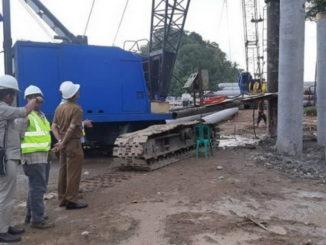 Peninjauan pembangunan Mesjid Terapung di Carocok Painan.