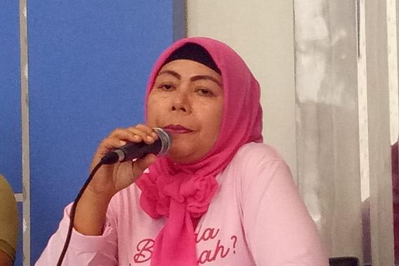 Sekretaris Satpol PP dan Damkar Kota Pariaman, Murfida.
