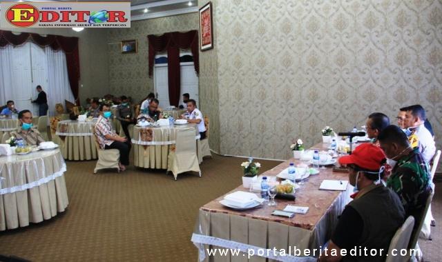 Diskusi Pemkab Solok dengan Forkopimda.