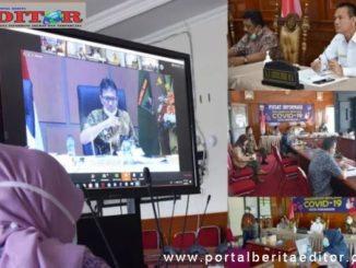 Genius Umar laporkan penanganan Covid-19 kota Pariaman kepada Gubernur Sumbar Irwan Prayitno Prayitno melalui vicon.