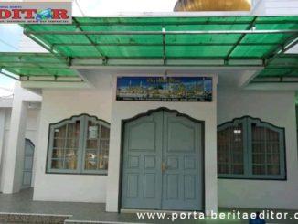 Mesjid yang terkunci di Padang Panjang.