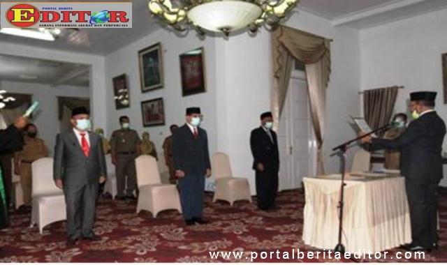 Pelantikan Dasrizal oleh Wabub Zuldafri Darma.