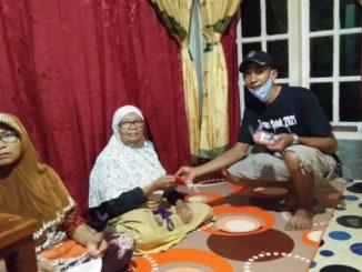 Pembangian masker oleh Relawan Maigus di Kec. Kubung.