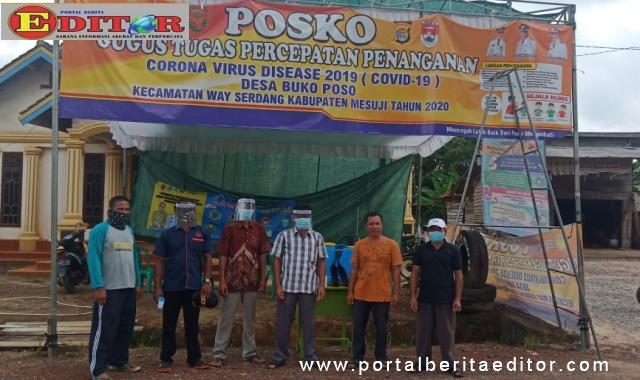 Posko Covid-19 di Desa Bukoposo.