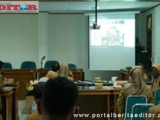 Suasana Musrembang Kabupaten Tanah datar melalui telekonferensi.