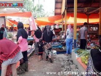 Suasana pasar Jum'at Bonjo pada masa PSBB.