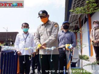 Wako Genius Umar meresmikan Taman Kota Pariaman.