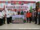 Foto bersama usai penyerahan BLT di Pasaman.