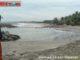 Pantai Pariaman yang digerus abrasi.