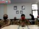 dr. Bakhrizall didampingi Asisten 1 Amriul Dt Karayiang serta Kepala BPBD dalam jumpa pers melalui aplikasi daring hari ini.