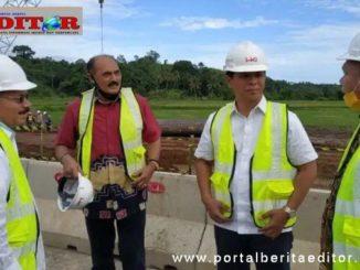 Bupati Ali Mukhni bersama Ketua Komisi II DPRD Sumbar.